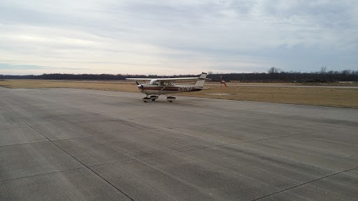 Belle Plaine, Iowa (KTZT) Airport