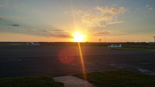 Monroe, Wisconsin (KEFT) Airport