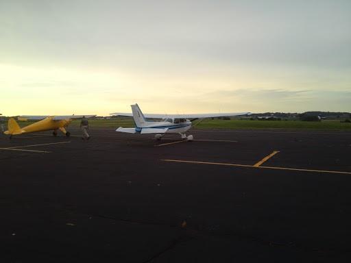 Viroqua, Wisconsin (Y51) Airport