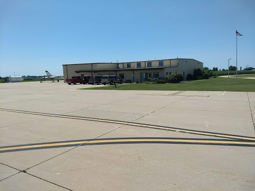 Waverly, Iowa (C25) Airport